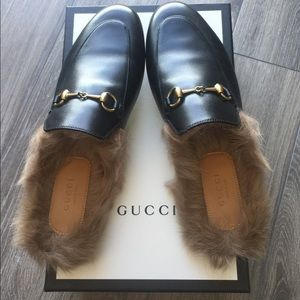 Gucci Black Leather Princetown Mule with Fur 39